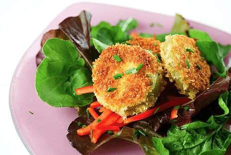 Fried Green Tomato Salad with Sweet Chili Dressing + Menu For Hope