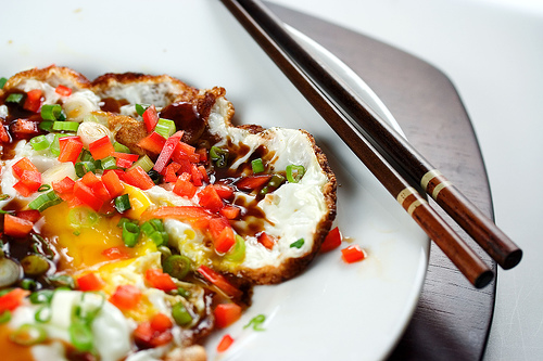 Fried Egg with Oyster Sauce and Chilies