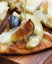 warm-fig-apple-gorgonzola-flatbread
