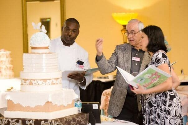 wedding-cake-judging