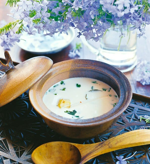 thai-chicken-coconut-soup-tom-ka-gai-002