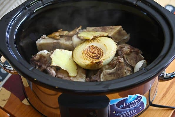 crockpot-pho-beef_090418__008_pot-web