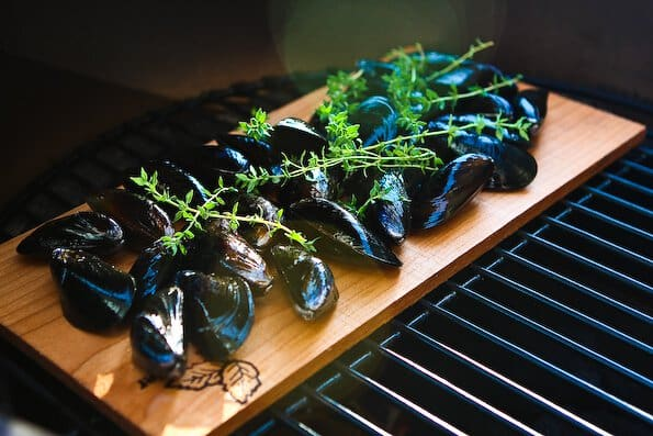cedar-planked-mussels-2770
