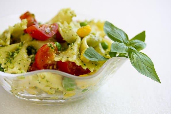 pesto-peas-pasta-salad-44