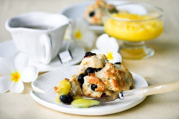 blueberry-scones-lemon-glaze-28