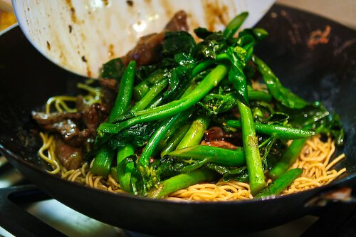 broccoli-beef-noodles-44