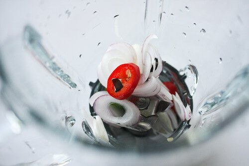caprese-salad-basil-vinaigrette-45