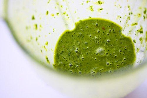 caprese-salad-basil-vinaigrette-49