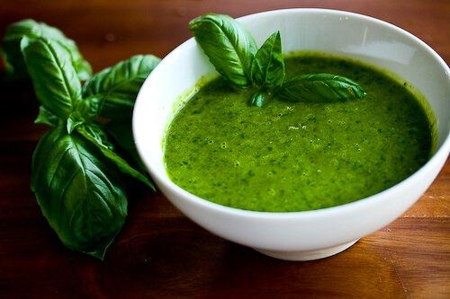caprese-salad-basil-vinaigrette-56