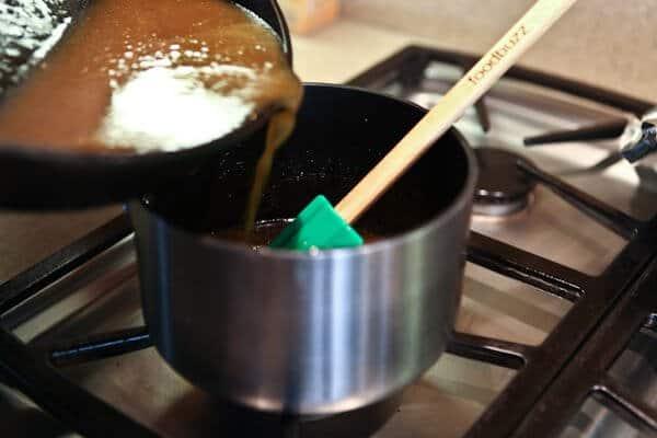 pouring juices into pot