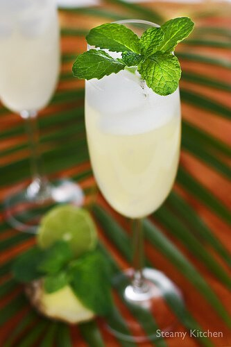 Sparkling Ginger Lime Mint Cooler