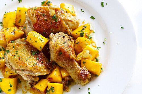 Easy Pan Fried Mango Curry Chicken