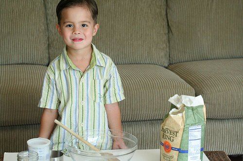 No Knead Bread Recipe by a 4 year old chef