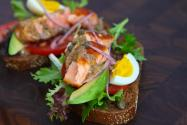 {photo} Salmon Sandwich with Sweet Mustard Sauce