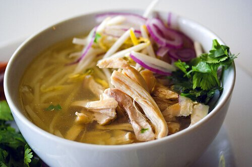 Pho Ga: Vietnamese Chicken Noodle Soup - Steamy Kitchen Recipes