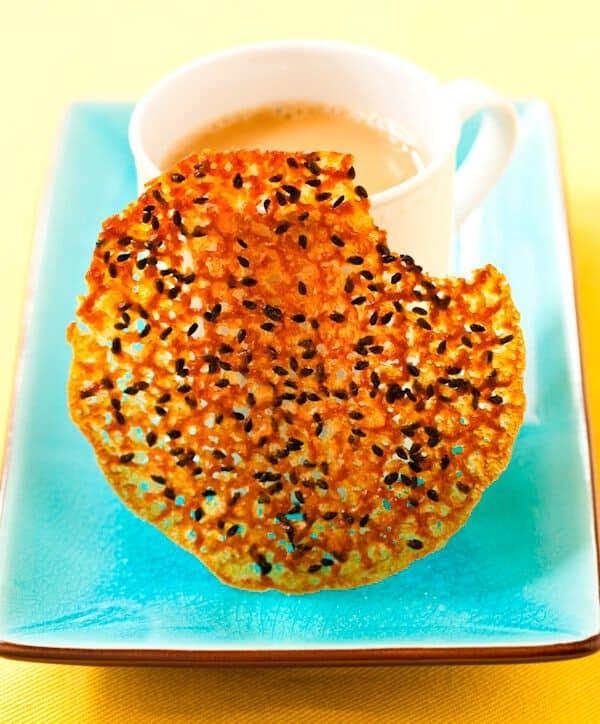 Black Sesame Lace Cookies