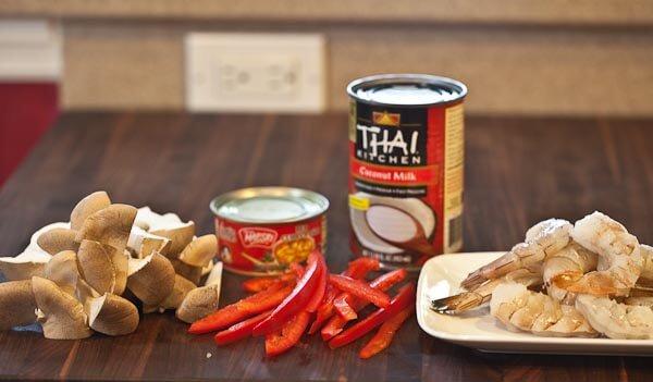 Luxury Dishes: Thai Shrimp Curry Recipe - 10 Minutes ...