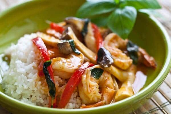 10-Minute Shrimp and Mushroom Thai Curry - Steamy Kitchen Recipes