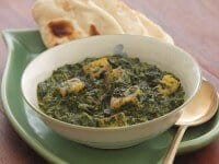 Creamed-Spinach-with-Cheese-Cubes