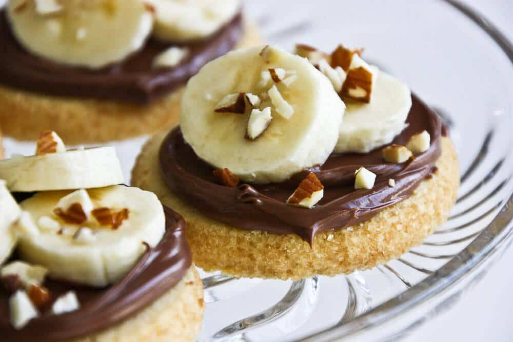 Shortbread Cookies with Nutella, Banana & Almonds - Steamy Kitchen ...