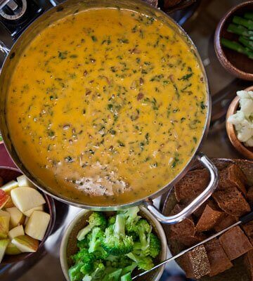 mushroom-bacon-spinach-fondue-recipe-017.jpg