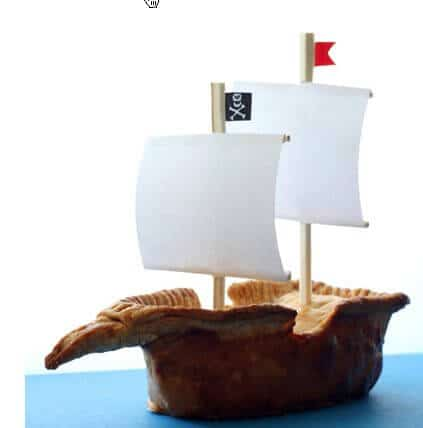 pirate-ship-pie