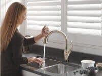 delta-touch-faucet2