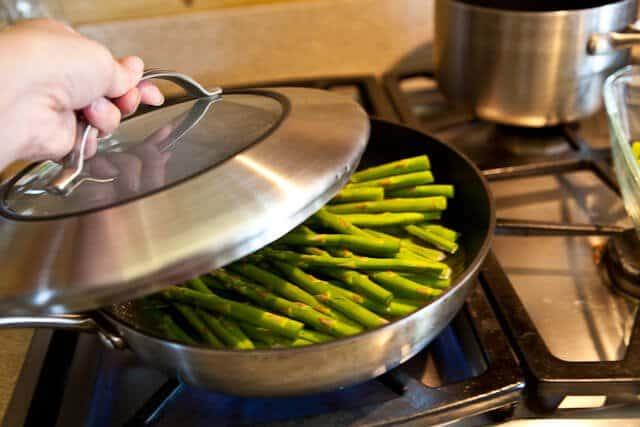 Asparagus Gratin recipe - steam asparagus