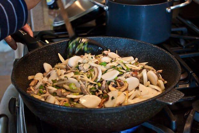 Stir Fried Chinese Sticky Rice Cakes (Nian Gao) Recipe (炒年糕 ...