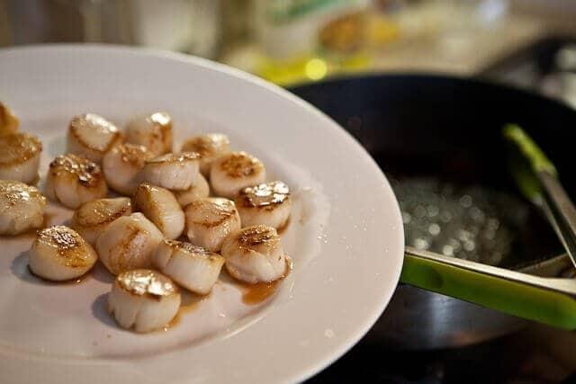 Seared Scallops with Creamy Sauce Recipe