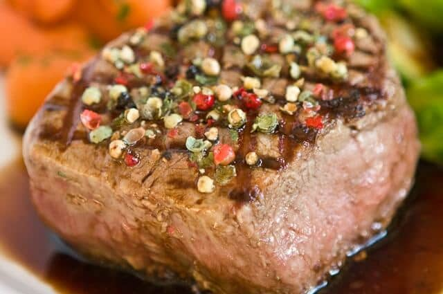 Peppercorn Crusted Filet Mignon with Balsamic Red Wine Sauce