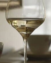 the-one-wine-glass-white