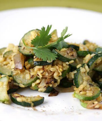 Zucchini with Lentils and Roasted Garlic Recipe
