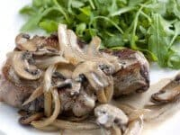 Pork-Chop-with-White-Wine-Sauce-Recipe.jpg