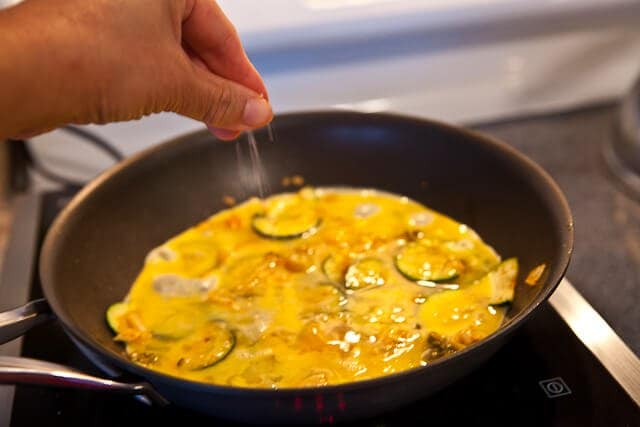 seasoning kimchi omelet