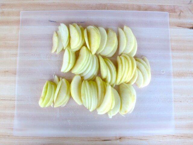 apples on filo