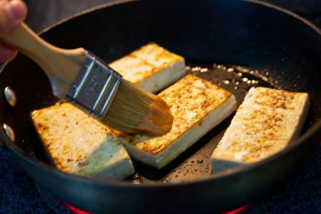 pan searing tofu for crispy tofu buddha bowl recipe