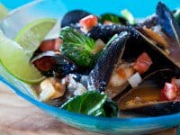 Spicy-Steamed-Mussels-Miso-Recipe-410.jpg
