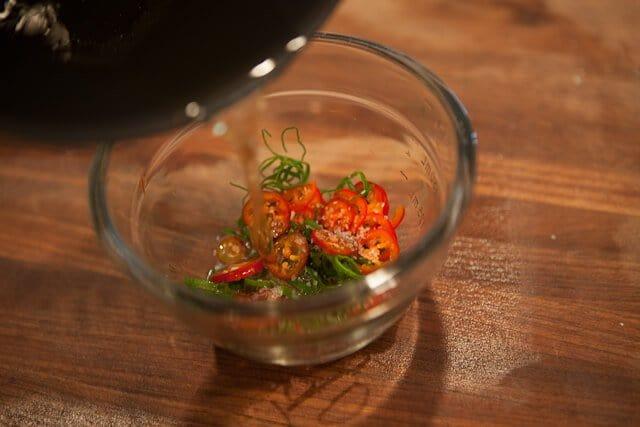 Pork Belly Buns Recipe adding hot oil