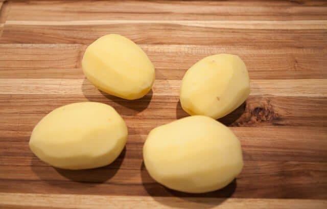 peel potatoes
