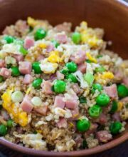 qunioa-fried-rice-ham-egg-recipe-feature-9395