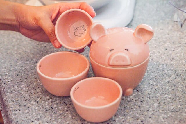 Piggy Measuring Cups