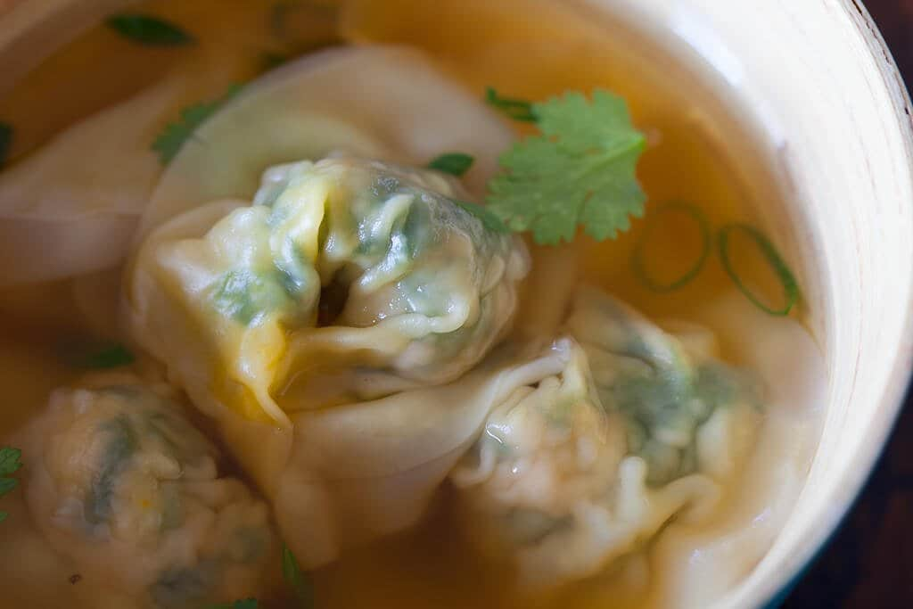 Pork and Spinach Wontons Recipe