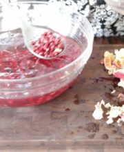 how-to-open-pomegranate
