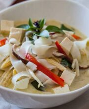 vegetable-curry-noodle-soup-recipe-featured-1708