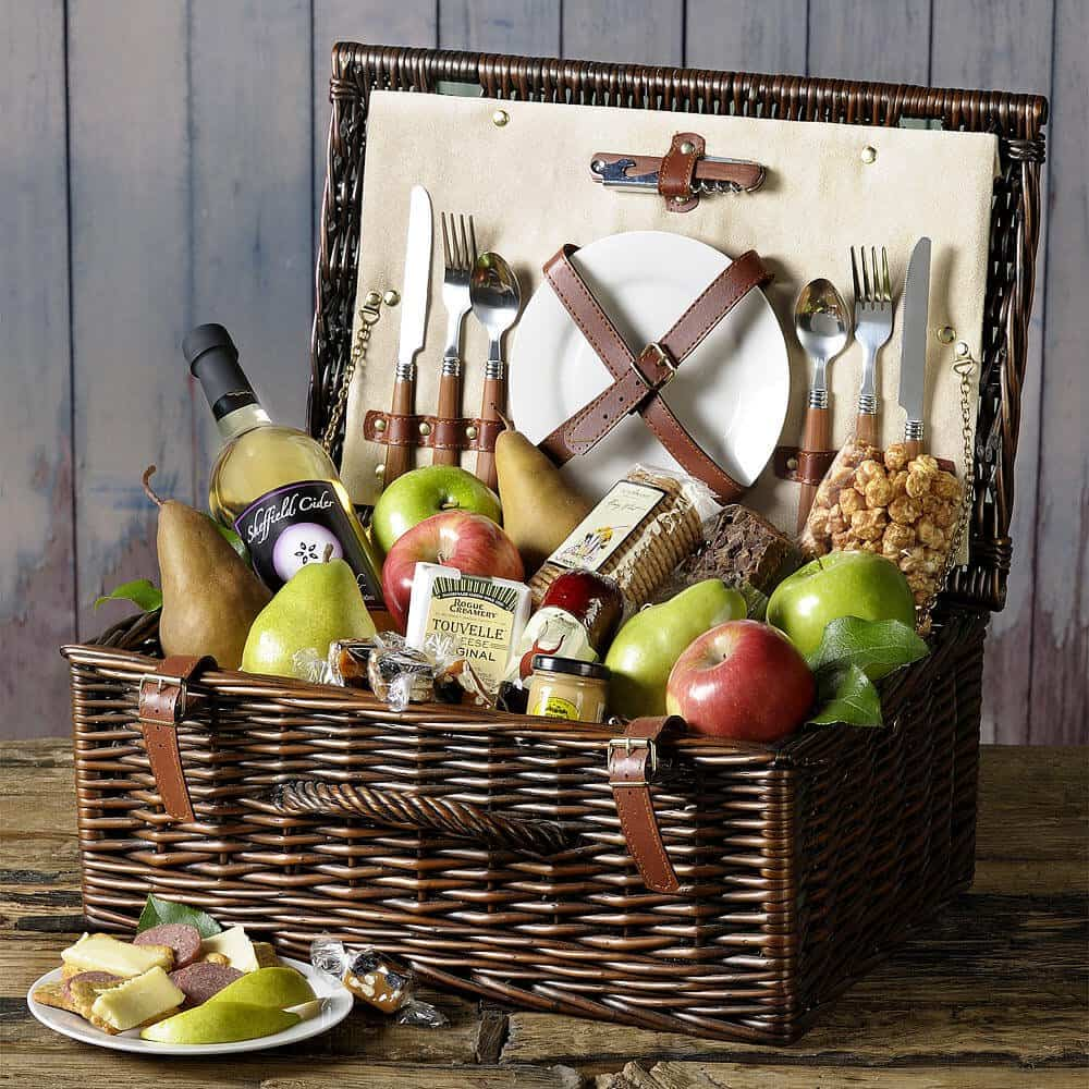 Picnic Basket Business : Giveaway summer picnic basket from the fruit company