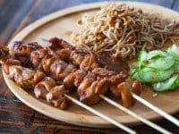 chicken-satay-with-peanut-noodles-and-cucumber-salad-featured-9397