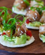 shrimp-avocado-bites-featured-9227