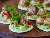 shrimp-avocado-bites-featured-9227