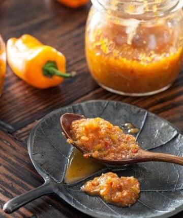 sweet chili sauce recipe featured-9696